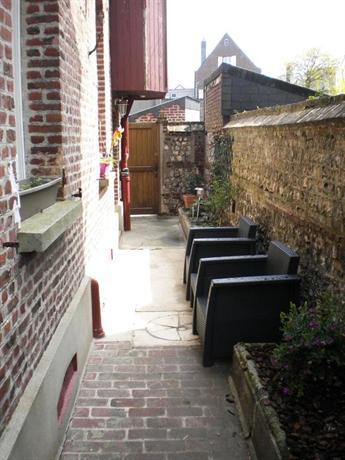 Chambre d 39 hote villa maurice etretat compare deals for Chambre d hote ile maurice