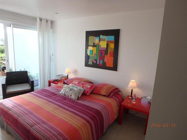 chambre d 39 hotes de la grande greve roscoff comparer les offres. Black Bedroom Furniture Sets. Home Design Ideas