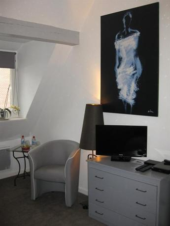 Chambre d 39 hote chez laurent kaysersberg compare deals for Chambre d hotes kaysersberg