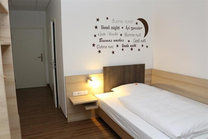 Hotel baldus delmenhorst sammenlign hoteldeals for Hotel delmenhorst