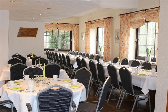 Hotel baldus delmenhorst compare deals for Hotel delmenhorst