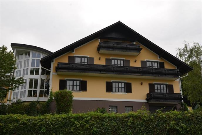 Villa stephanie ehrenhausen compare deals for Villas steffany