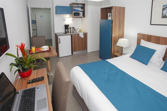 Appart 39 hotel odalys saint jean orleans compare deals for Appart hotel orleans