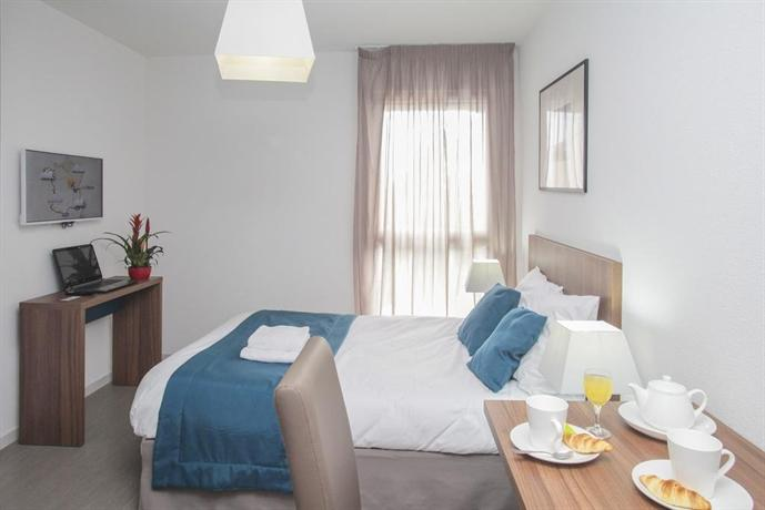 Appart 39 hotel odalys saint jean orl ans comparez les offres for Appart hotel orleans