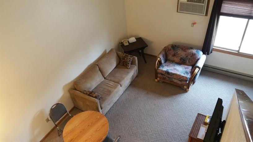 Woodlands Inn & Suites Medford