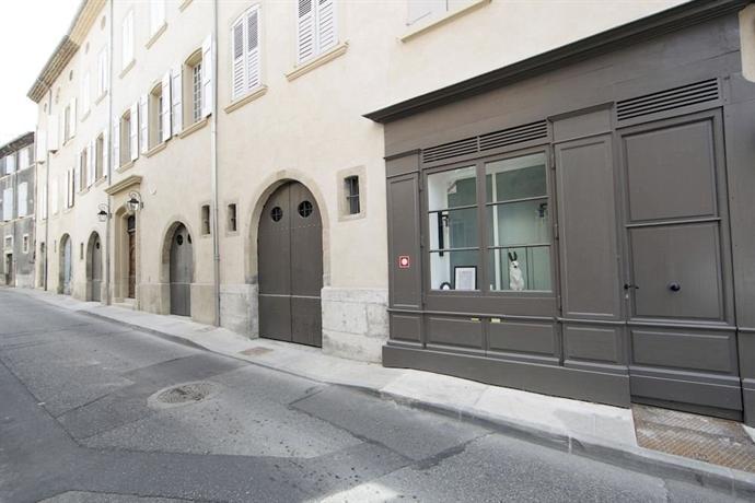 Hotel de la villeon tournon sur rhone compare deals - Hotel de la villeon ...