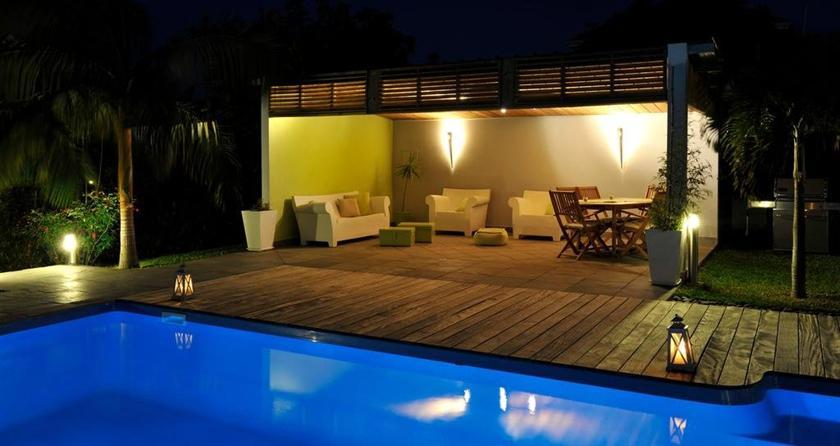 la villa des cannes sainte marie compare deals. Black Bedroom Furniture Sets. Home Design Ideas