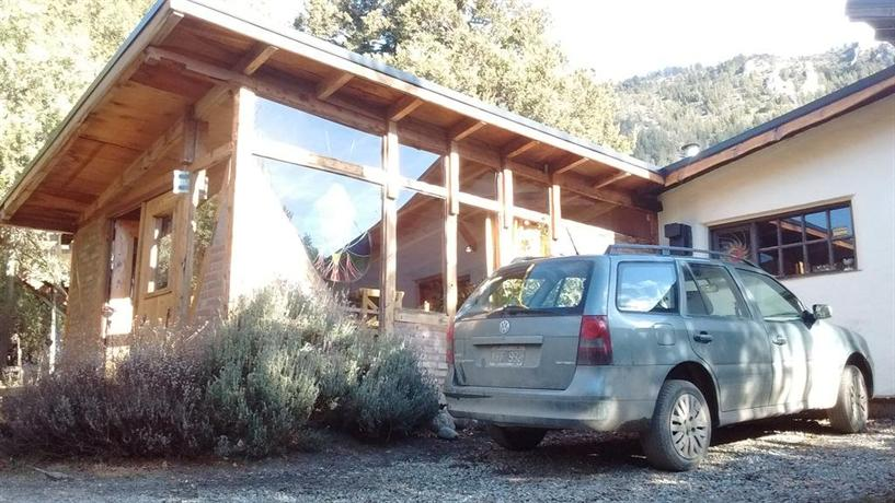 Cabana entre lagos y montanas san carlos de bariloche for Carlos house lagos