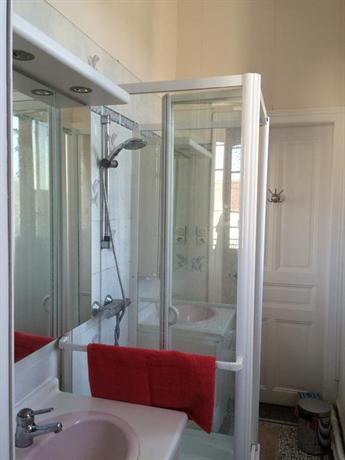 Chambre chez l 39 habitant verdun compare deals - Chambre chez l habitant vannes ...