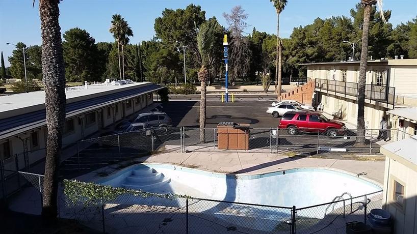 Riviera Motor Lodge Tucson Compare Deals