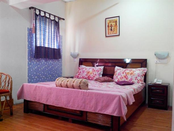 Hotel Pathik Dehradun
