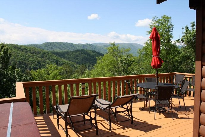 Moonshine Cabin Pigeon Forge Compare Deals