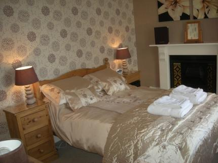 Caer Menai Guest House Bed and Breakfast