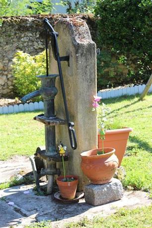 B b un herisson dans mon jardin lamarque compare deals for Herisson dans mon jardin