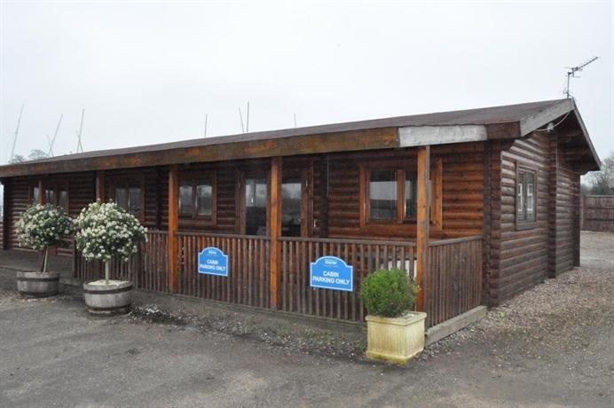 The Lakeside Lodge