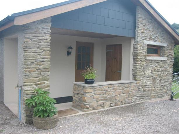 The Stables at Brook House Llantrisant