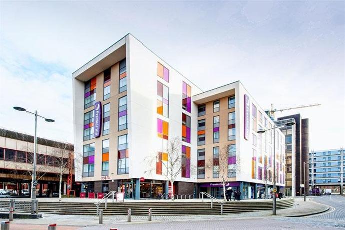 Premier Inn Portsmouth City Centre Compare Deals