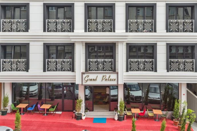 Grand palace hotel istanbul compare deals for Grand pamir hotel istanbul