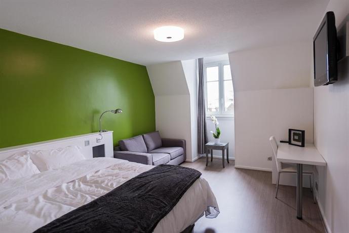 hotel les poteaux carres saint tienne offerte in corso. Black Bedroom Furniture Sets. Home Design Ideas