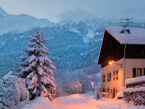 Chalet Alpine Retreat