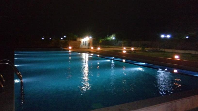 Team Outings Team Building And Offsites To Opulence Filled Stay Near The Beach Ecr
