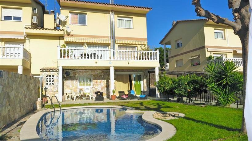 Villa Carolina Mataro