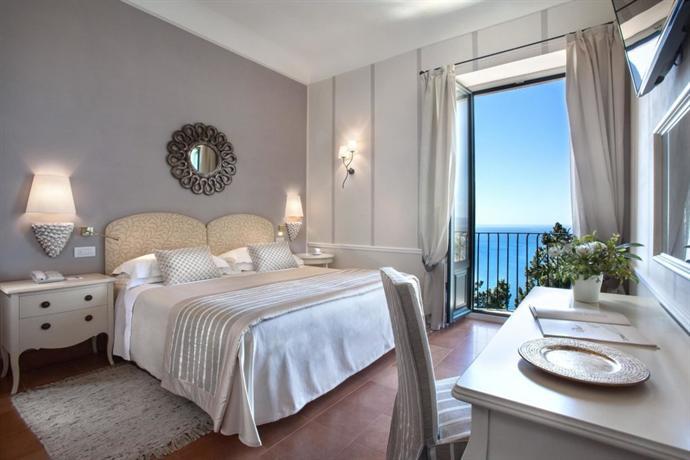 Hotel sul mare a Taormina con offerte Last Minute