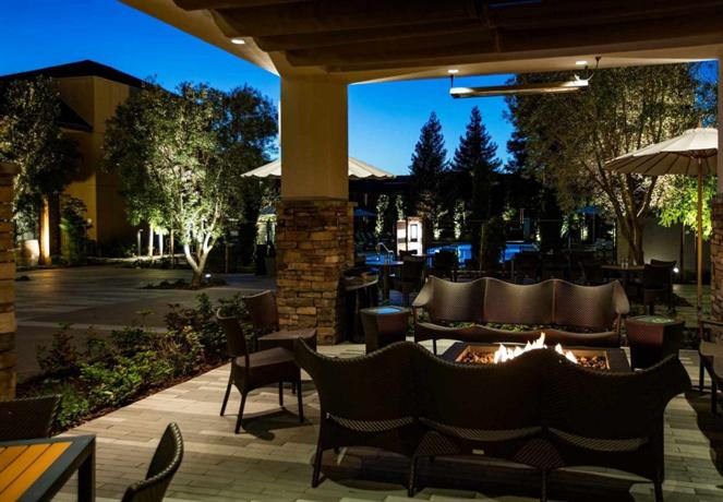 napa valley marriott hotel spa compare deals. Black Bedroom Furniture Sets. Home Design Ideas