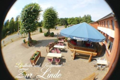 landhotel zur linde hechthausen encuentra el mejor precio. Black Bedroom Furniture Sets. Home Design Ideas