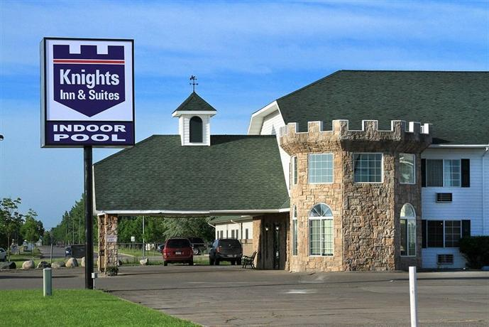 Knights Inn & Suites Grand Forks