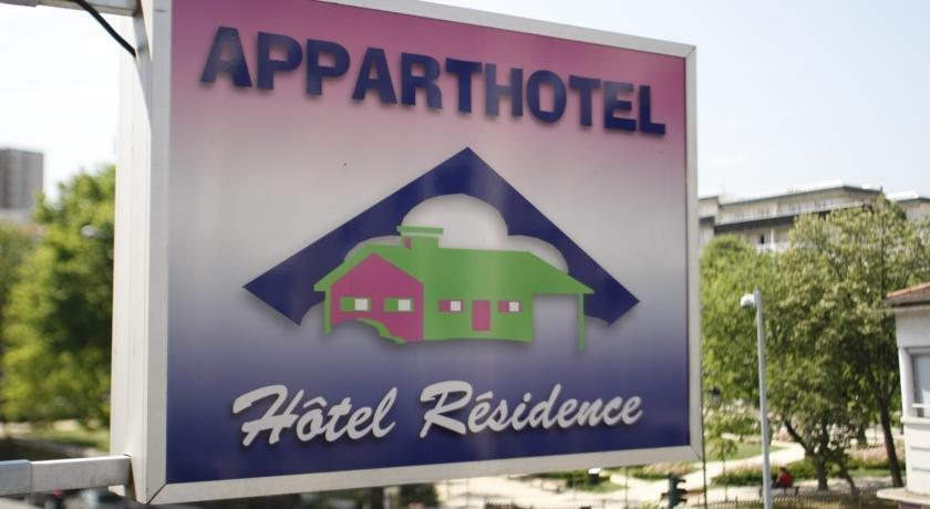 Loc 39 appart hotel residence colombes compare deals for Appart hotel 34
