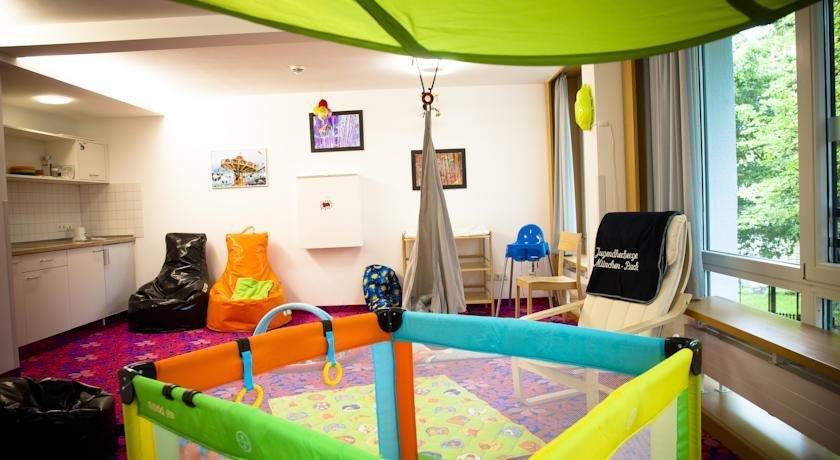 jugendherberge m nchen park die g nstigsten angebote. Black Bedroom Furniture Sets. Home Design Ideas