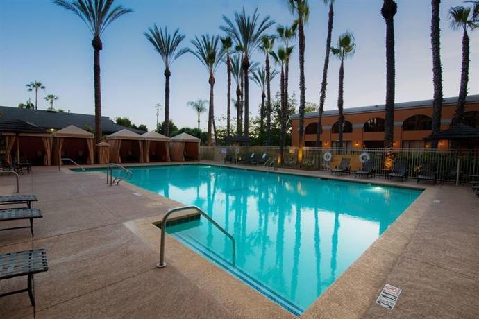 Wyndham Anaheim Garden Grove Compare Deals