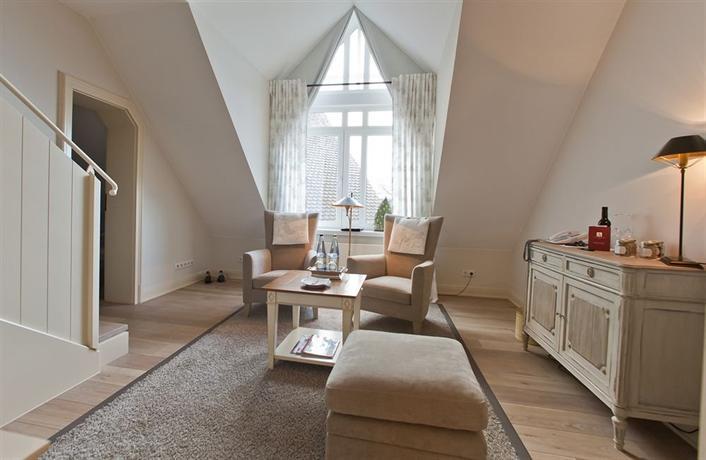alter meierhof vitalhotel glucksburg compare deals. Black Bedroom Furniture Sets. Home Design Ideas