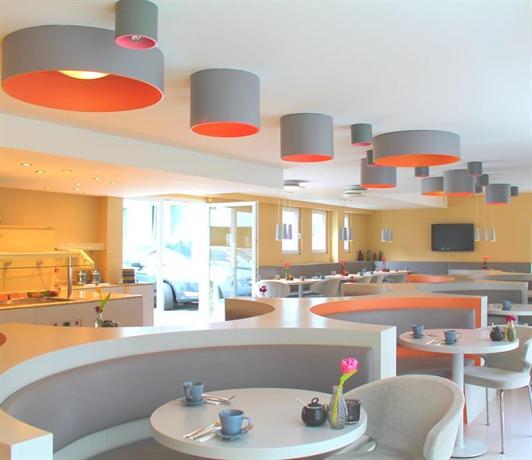 the grey hotel dortmund compare deals. Black Bedroom Furniture Sets. Home Design Ideas
