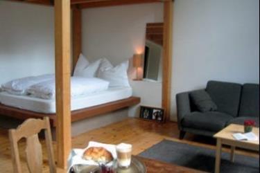 hadley 39 s bed breakfast hamburg die g nstigsten angebote. Black Bedroom Furniture Sets. Home Design Ideas