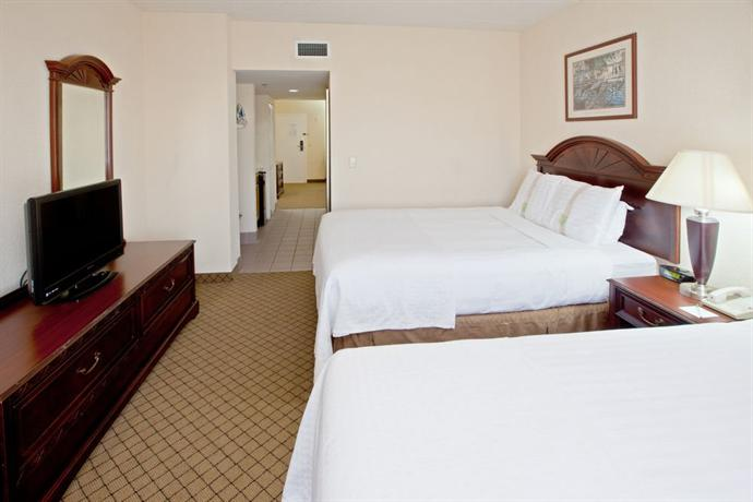 Holiday Inn Hotel & Suites Huntington West Virginia