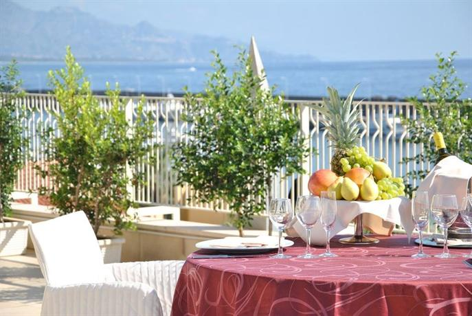 Grand Hotel Yachting Palace In Riposto