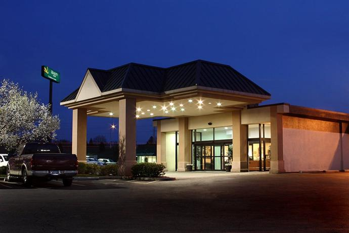Quality Inn & Conference Center - Springfield