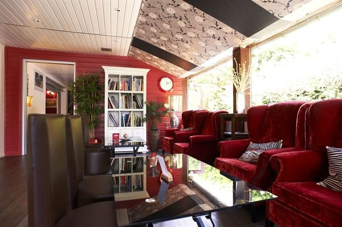 les terrasses de saumur spa compare deals. Black Bedroom Furniture Sets. Home Design Ideas