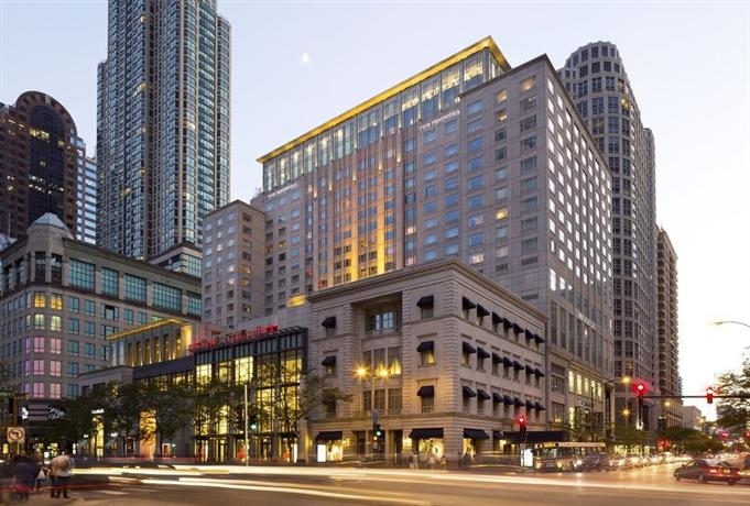 The peninsula chicago compare deals for Luxury hotels in chicago magnificent mile