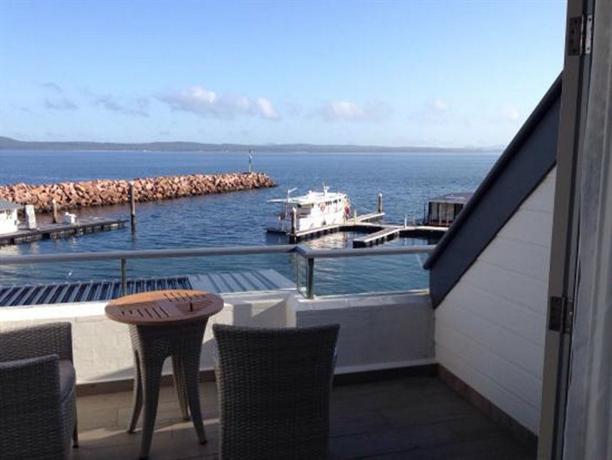 anchorage port stephens corlette compare deals. Black Bedroom Furniture Sets. Home Design Ideas