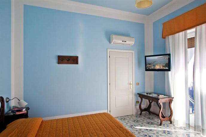 Hotel mignon meuble sorrento vergelijk aanbiedingen for Hotel mignon meuble