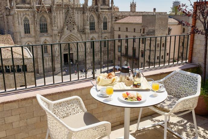 Hotel colon barcelona barcellona offerte in corso for Offerte barcellona