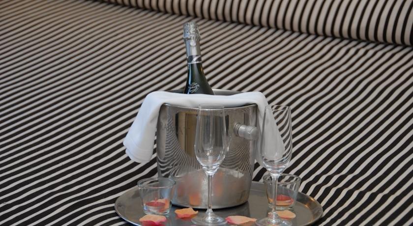El castell hotel sant boi de llobregat compare deals - Sofas sant boi de llobregat ...