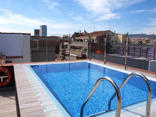 Catalonia la pedrera barcelona compare deals for Hotel catalonia barcelona