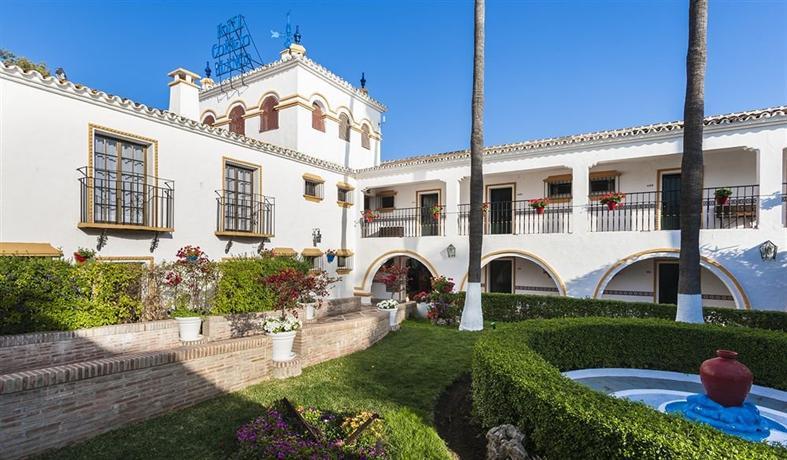 Globales cortijo blanco hotel marbella compare deals for Blanco hotel