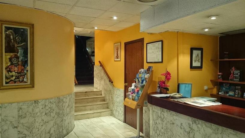 Aparthotel augusta barcelona hotels barcelone for Comparateur de prix hotel espagne