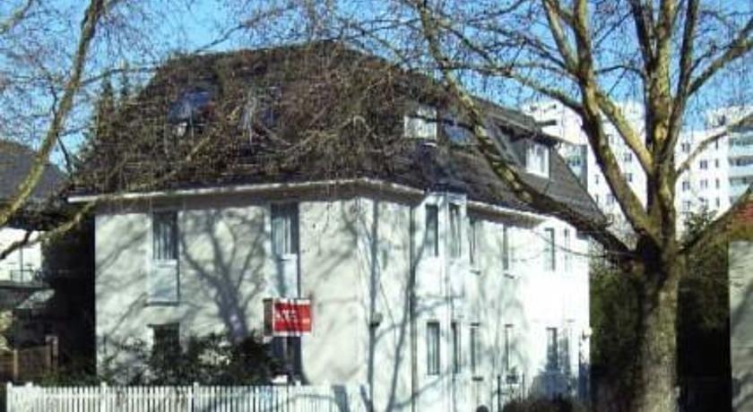 Hotel Garni Berlin Wilhelmsruher Damm