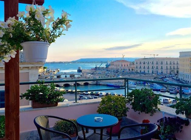 Hotel posta siracusa offerte in corso for Offerte hotel siracusa